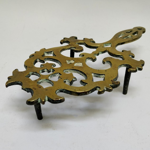19th century brass trivet-general-store-no-2-1c_main_636448506880197344.jpg