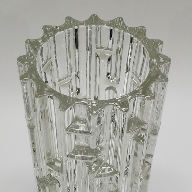 very heavy 1960's glass vase-general-store-no-2-1d_main_636466809156557035.jpg