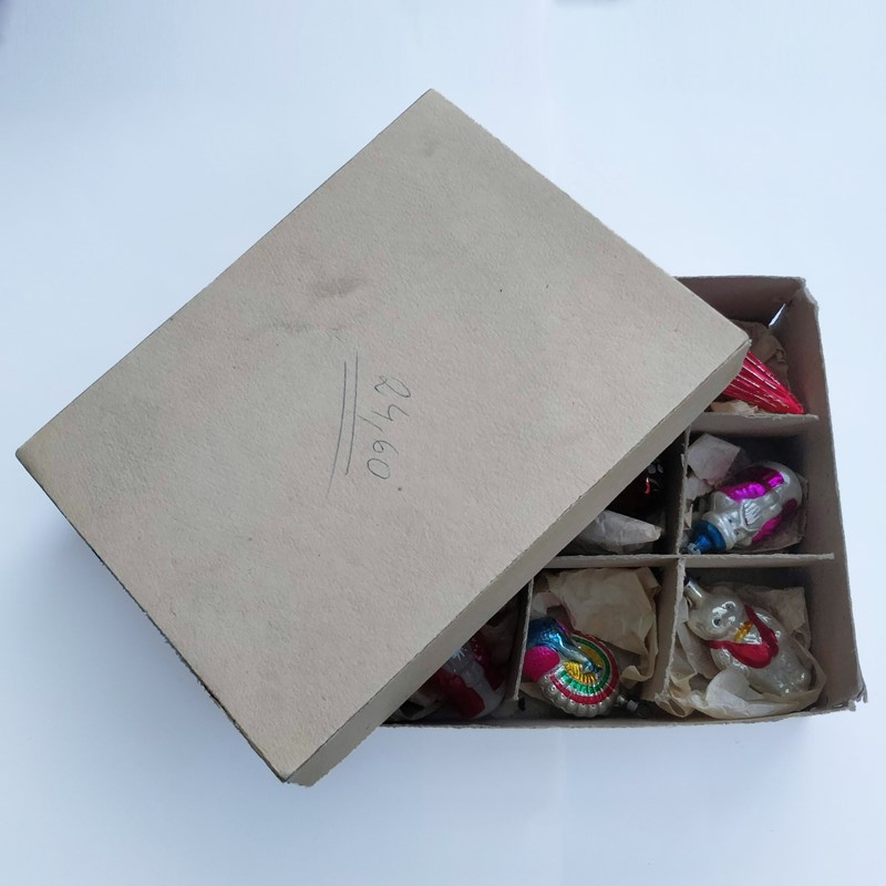 Box of christmas decorations-general-store-no-2-2-main-636803848814187142.jpg