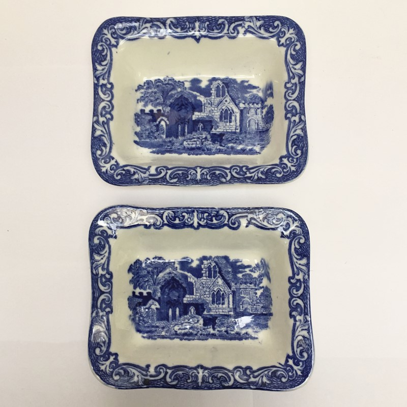 A pair of shredded wheat dishes-general-store-no-2-2-main-637235134484398626.JPG