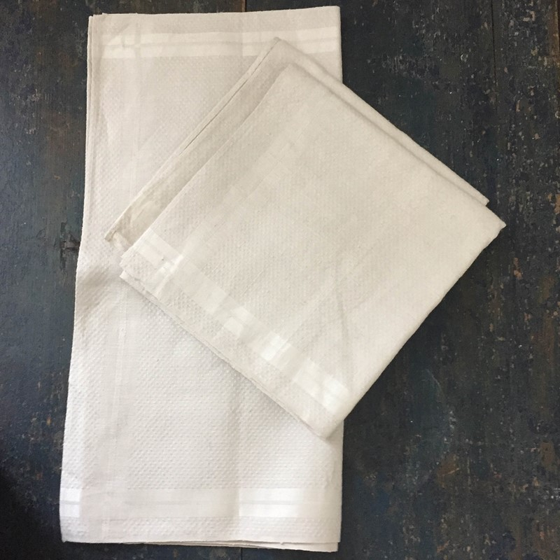 3 continental natural woven linen kitchen towels-general-store-no-2-7-main-637253299311248524.JPG