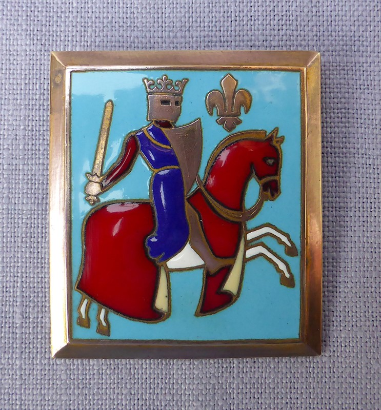 Enamelled French knight brooch by F Bouillot-ginger-tom-s-curious-eclectic-ce135a-hoarde-main-637031394199588031.JPG
