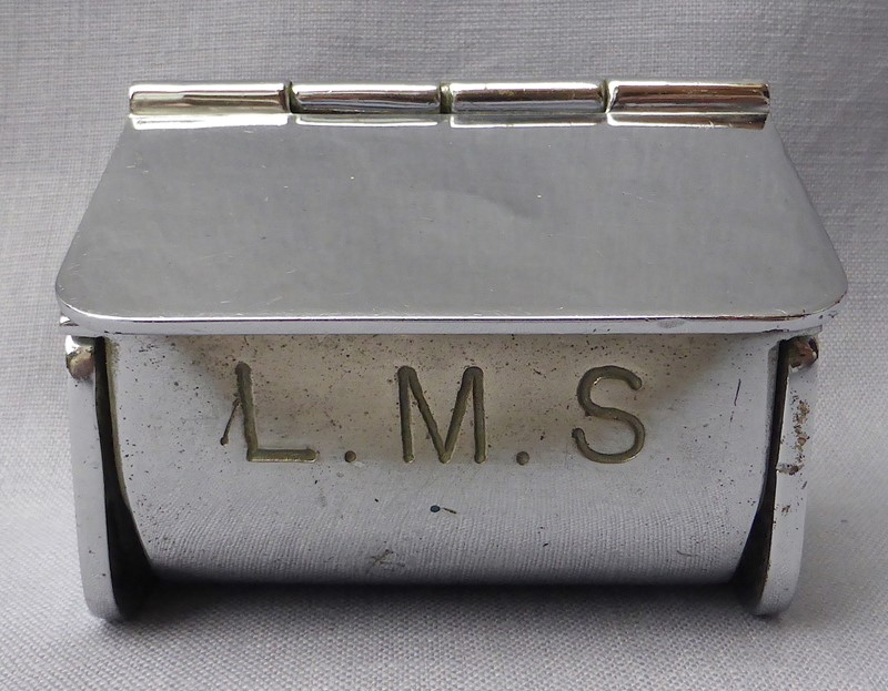 1940s London Midland Scottish Railway Ashtray-ginger-tom-s-curious-eclectic-ce380b-hoarde-main-636906804934903601.JPG