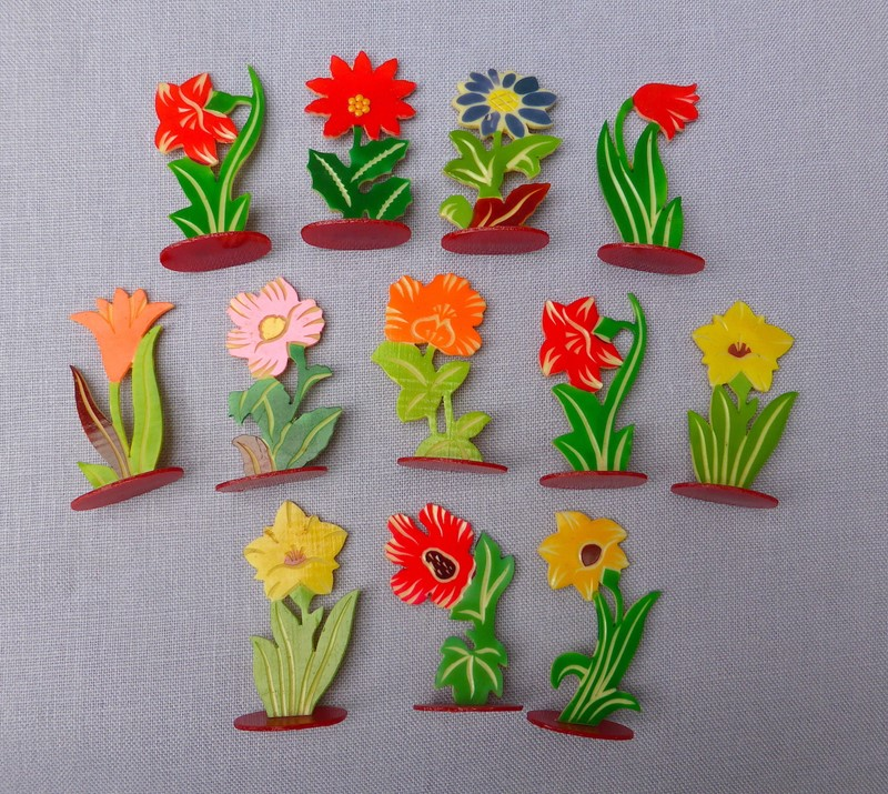 Set of 12 1930s celluloid flower place markers-ginger-tom-s-curious-eclectic-ce433a-hoarde-main-636988950802470701.JPG