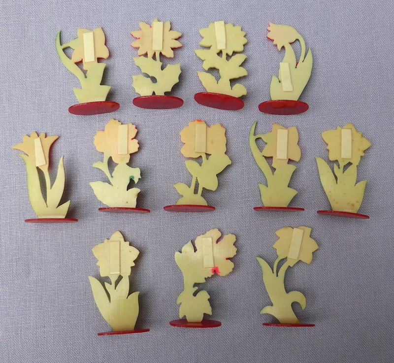 Set of 12 1930s celluloid flower place markers-ginger-tom-s-curious-eclectic-ce433c-hoarde-main-636988950978254463.JPG