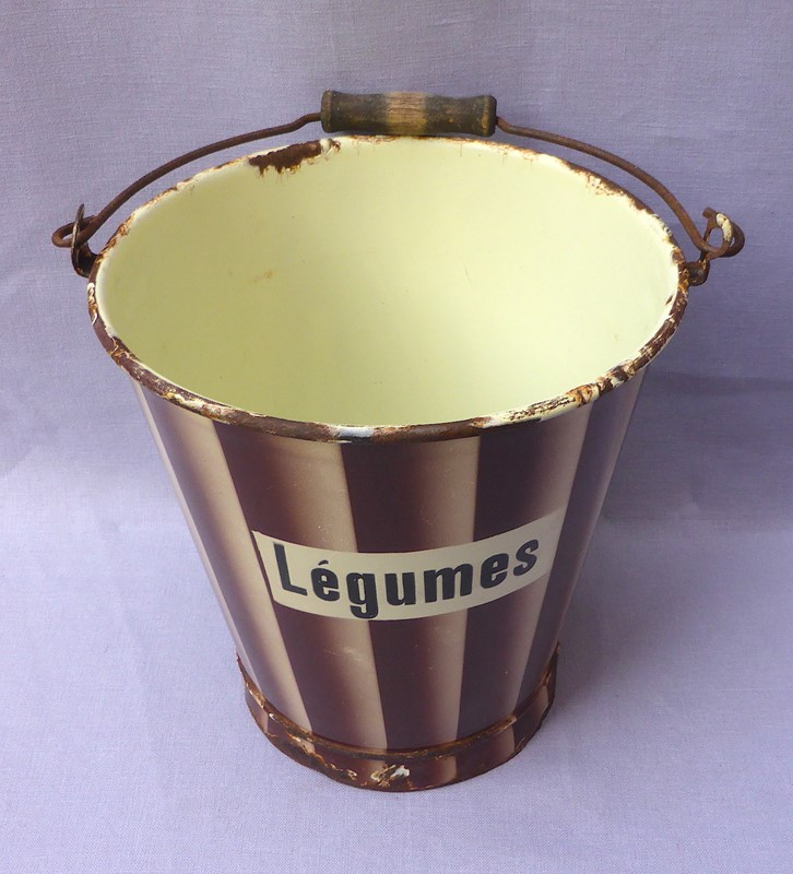 1930s French enamelware légumes bucket-ginger-tom-s-curious-eclectic-ce499b-hoarde-main-637290402631720210.JPG