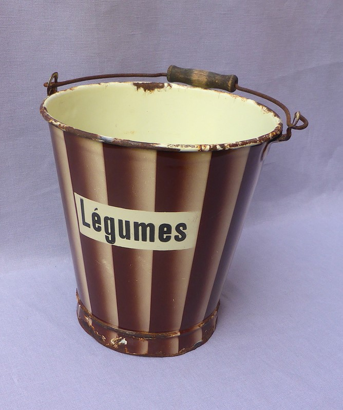 1930s French enamelware légumes bucket-ginger-tom-s-curious-eclectic-ce499c-hoarde-main-637290402641248691.JPG