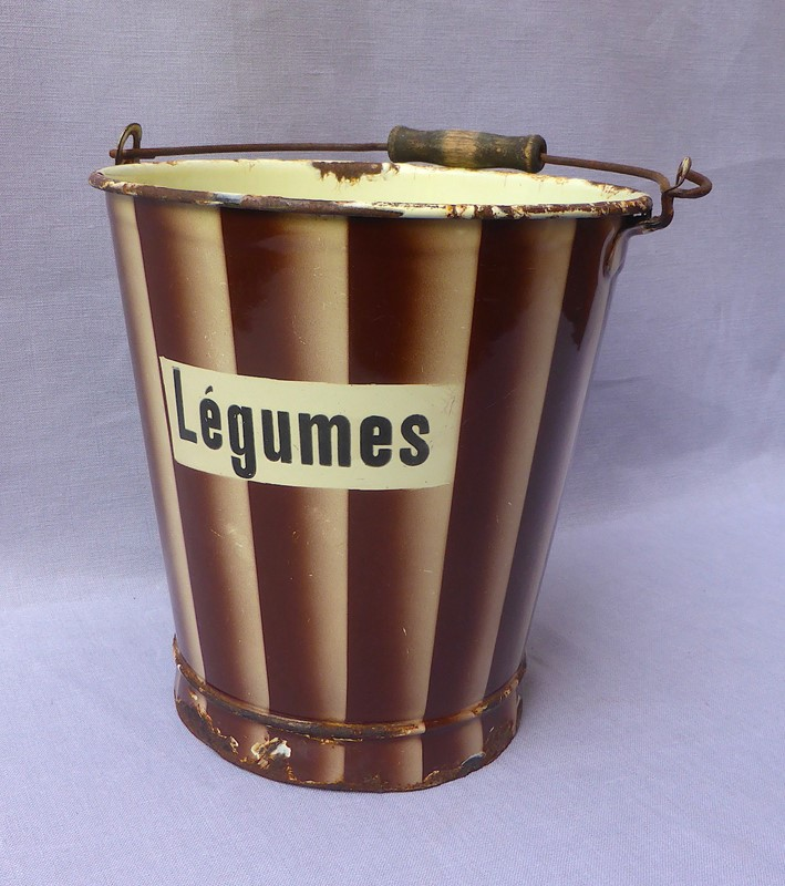 1930s French enamelware légumes bucket-ginger-tom-s-curious-eclectic-ce499d-hoarde-main-637290402649060549.JPG