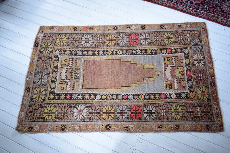 Antique Turkish Melas Prayer Rug-grumbla-lane-dsc-9256-main-637148034400956294.jpg
