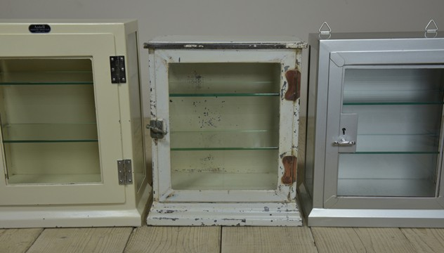 Vintage Steel Medical Display Cabinet-haes-antiques-DSC_2931_main_636329468301581745.JPG