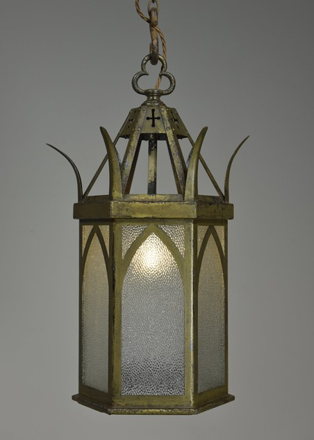 ANTIQUE GOTHIC LANTERNS-haes-antiques-DSC_5997CR FM_main_636430094769490130.jpg