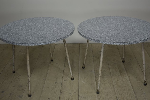 1950s CIRCULAR CAFE TABLES BY PEL-haes-antiques-DSC_7646CR FM_main_636555165141150654.jpg
