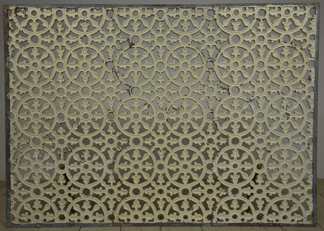 6 x 4 ft antique cast iron grille-haes-antiques-gate grill 070CR FM_main_636403694887203541.jpg