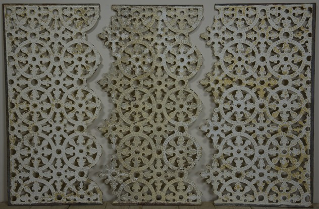 6 x 4 ft antique cast iron grille-haes-antiques-gate grill 090CR FM_main_636403695179094509.jpg