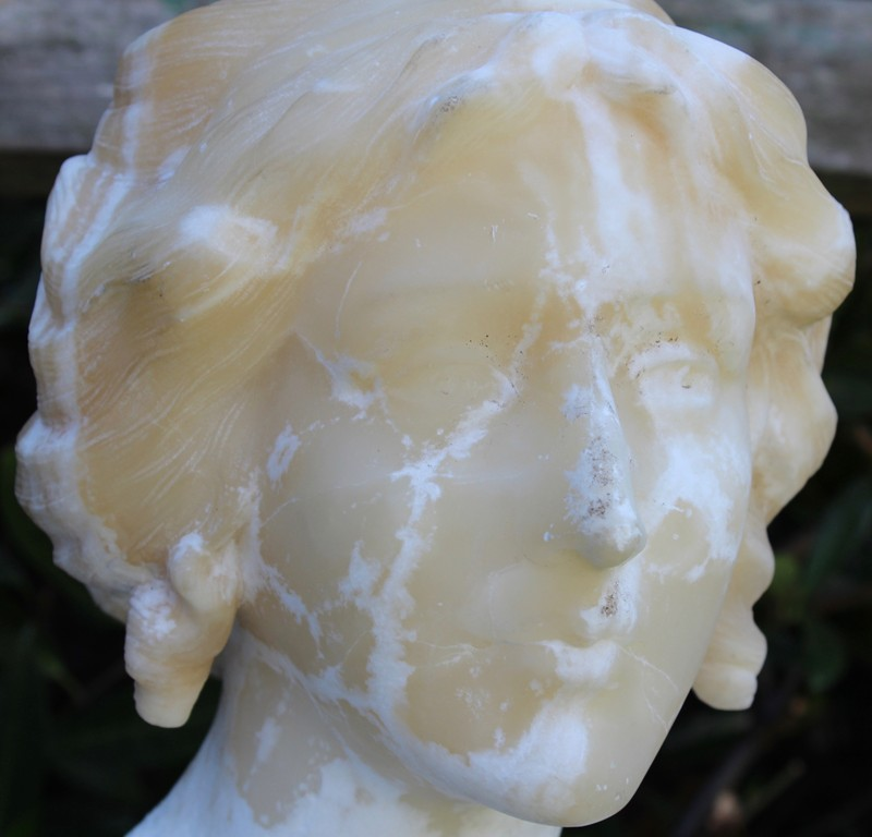 Alabaster Bust of a Lady-hairsines-HAi193_05-main-636661373743683475.jpg