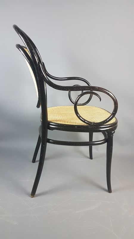 1860s Ebonized Thonet No.3 Bentwood Armchair-heirlooms-by-lawrence-20181029-125525-main-636795047818578470.jpg