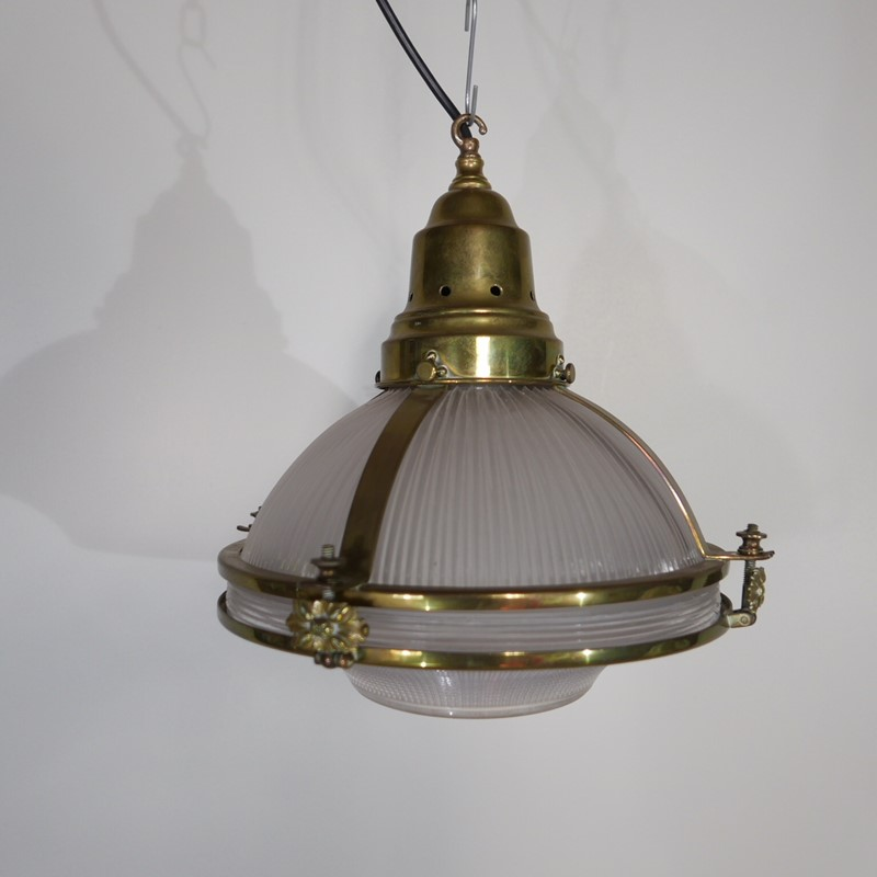Antique Holophane Brass Lantern-joseph-berry-interiors-IMG_2741-main-636765859712284400.JPG