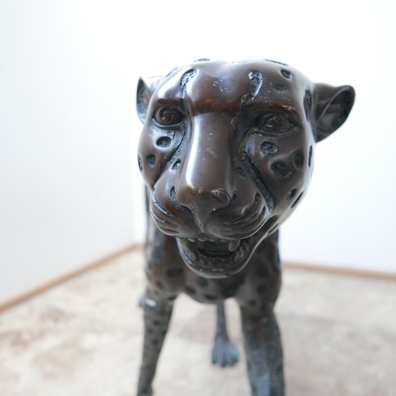 Life Size Mid-Century Patinated Bronze Cheetah-joseph-berry-interiors-img-3562-main-637087282133649593.JPG
