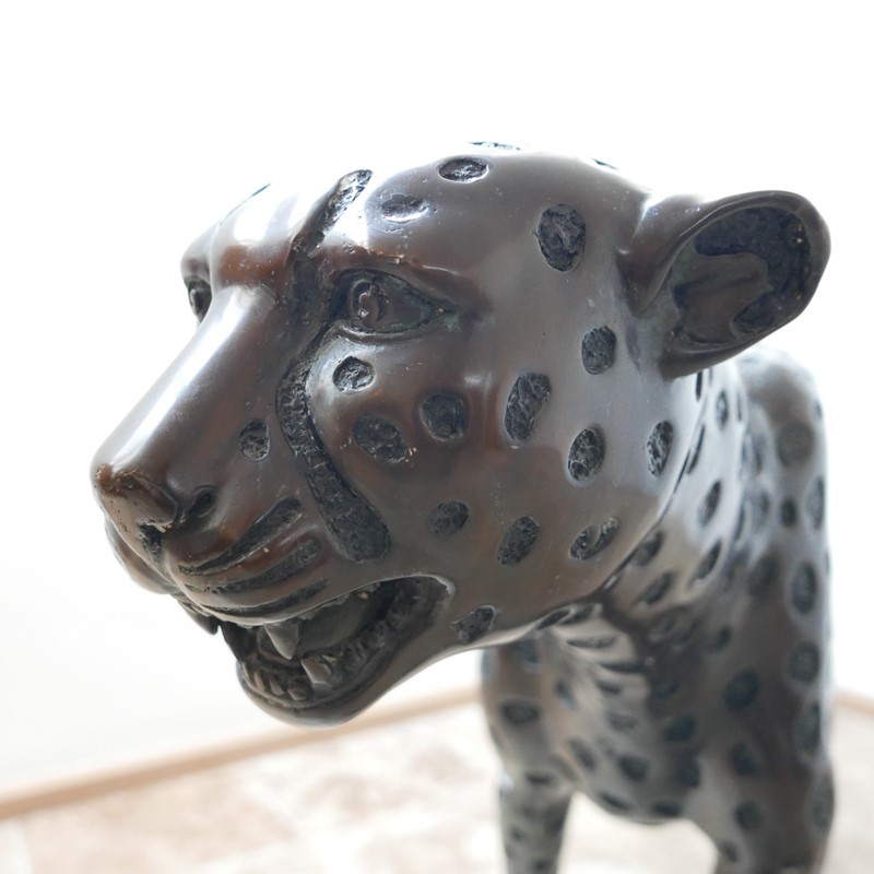 Life Size Mid-Century Patinated Bronze Cheetah-joseph-berry-interiors-img-3565-main-637087282156148958.JPG
