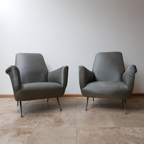 Italian Mid-Century Pair of Armchairs