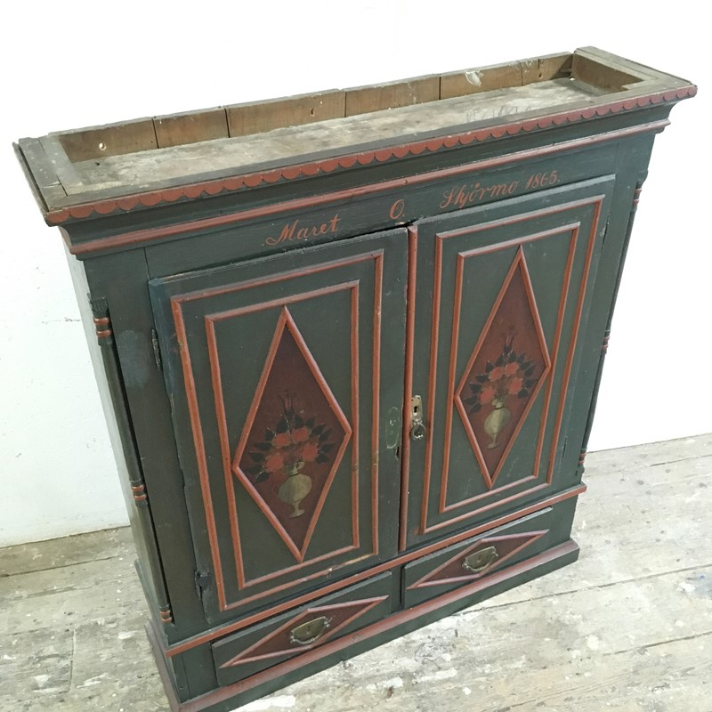 Antique Swedish Painted Cupboard 1865-lct-home-img-0529-main-636965535770646716.jpg