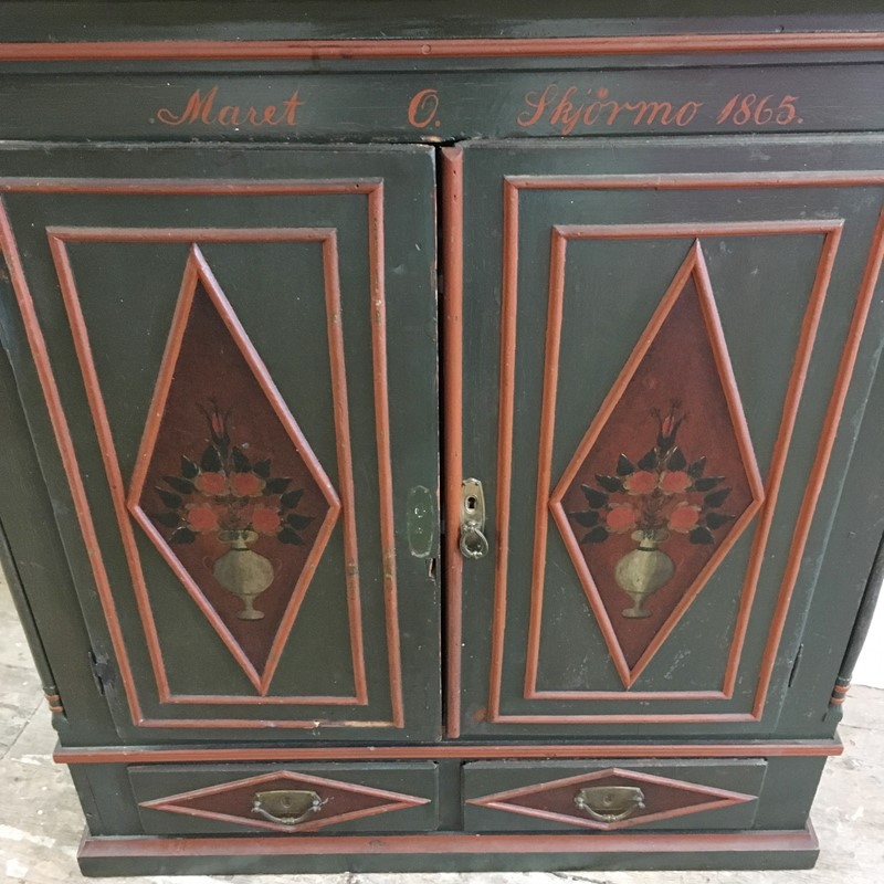 Antique Swedish Painted Cupboard 1865-lct-home-img-0540-main-636965536162831868.jpg