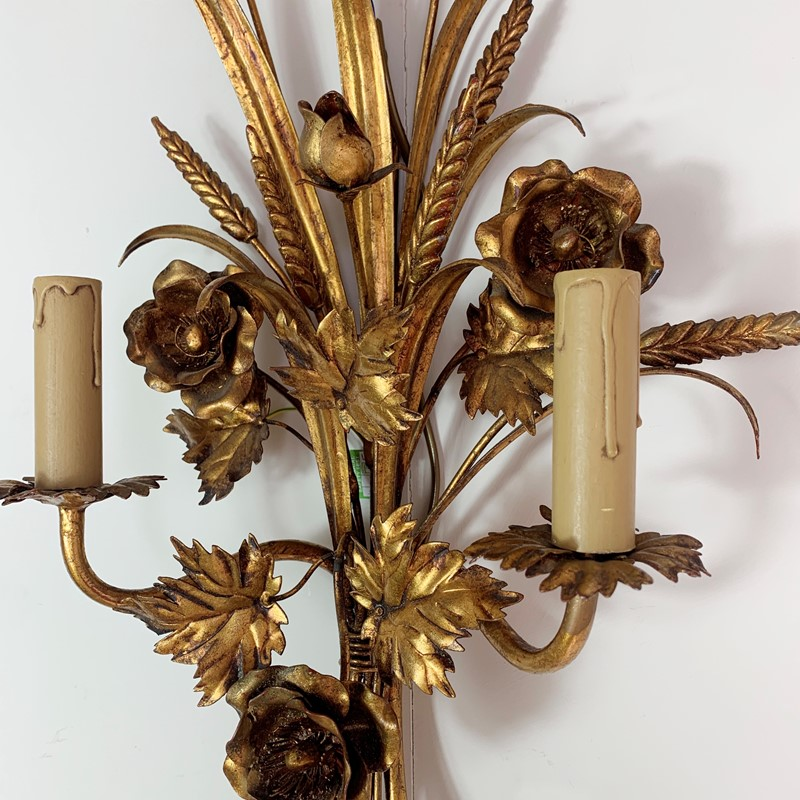 S.Salvadori Wheat Sheaf Sconce Light, 1970's  -lct-home-img-6303-main-637387120822864018.jpg