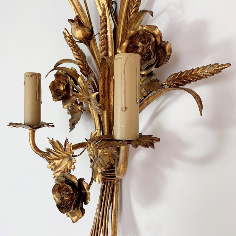 S.Salvadori Wheat Sheaf Sconce Light, 1970's  -lct-home-img-6306-main-637387120948957936.jpg