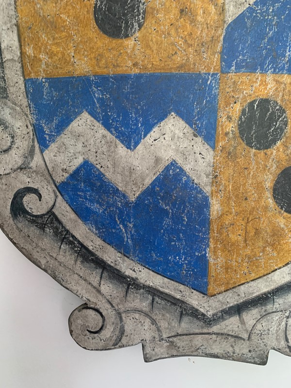 Painted wood baronial decorative shield / plaque-life-interiors-antiques-boutique-img-0554-main-637371461980869052.jpg