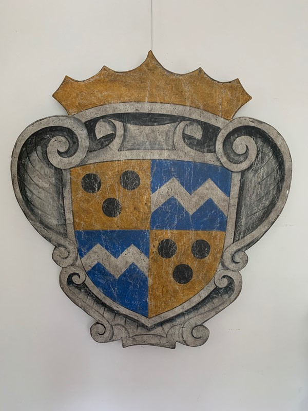 Painted wood baronial decorative shield / plaque-life-interiors-antiques-boutique-img-0555-main-637371459906235825.jpg