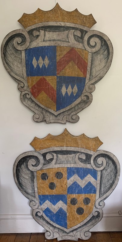 Painted wood baronial decorative shield / plaque-life-interiors-antiques-boutique-img-0572-main-637371462613599997.jpg