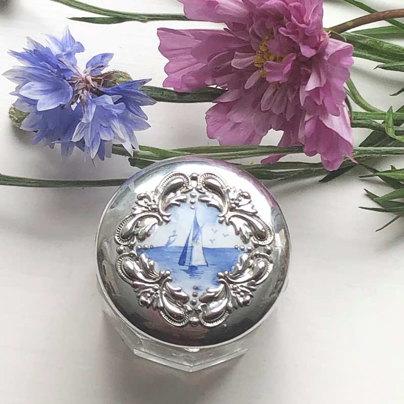 A Dressing Jar, Silver Lid With Enamel Seascape-linda-jackson-antique-silver-lj0180-1-main-637433883261121683.jpg