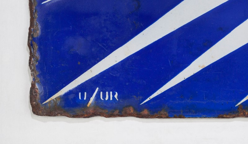 A double-sided BP Irish Flash enamel sign-ljw-antiques-0206_detail2-main-636766851666965617.jpg