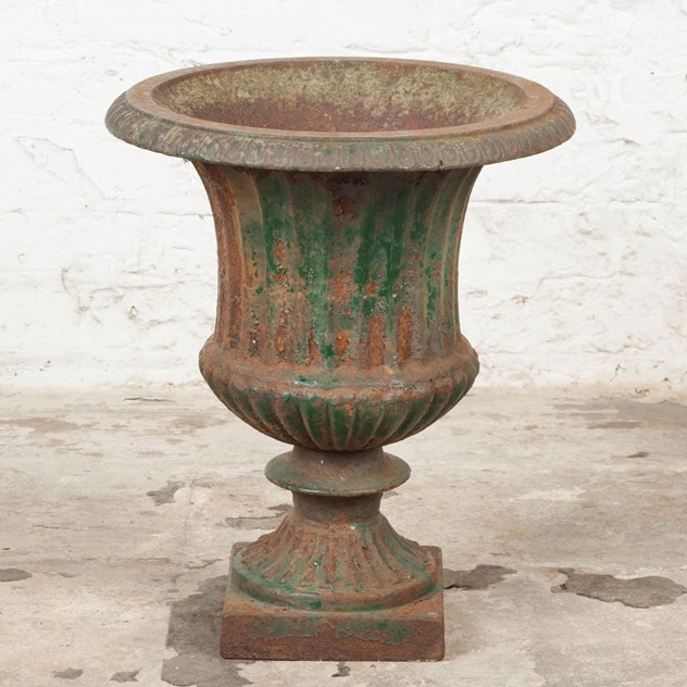 Lovely, late Victorian Cast Iron Urn-ljw-antiques-0369_1_main_636540502039210811.jpg