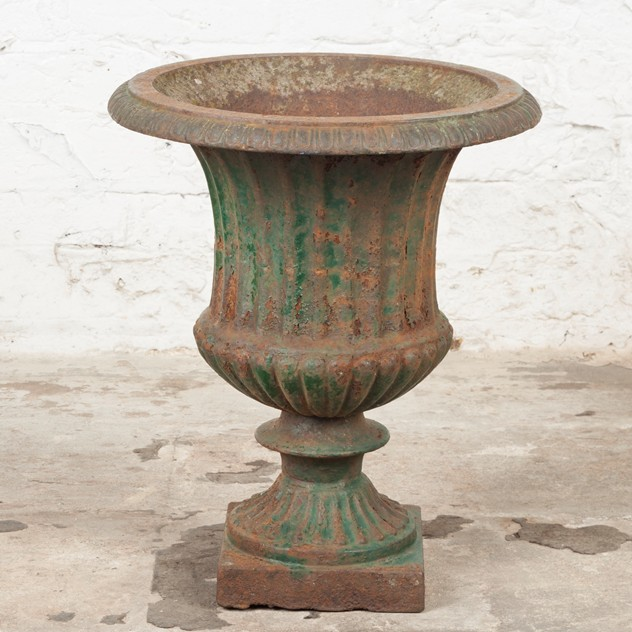 Lovely, late Victorian Cast Iron Urn-ljw-antiques-0369_2_main_636540502162769147.jpg