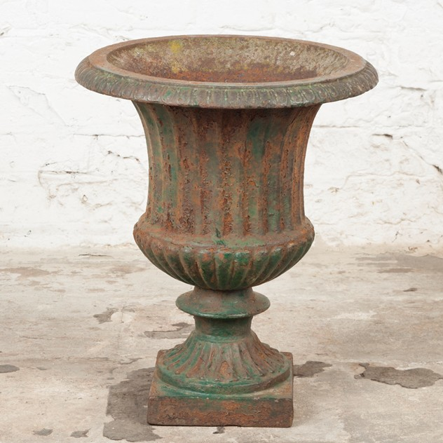 Lovely, late Victorian Cast Iron Urn-ljw-antiques-0369_3_main_636540502382896435.jpg