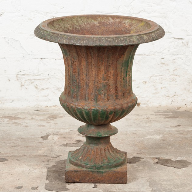 Lovely, late Victorian Cast Iron Urn-ljw-antiques-0369_4_main_636540502532664115.jpg