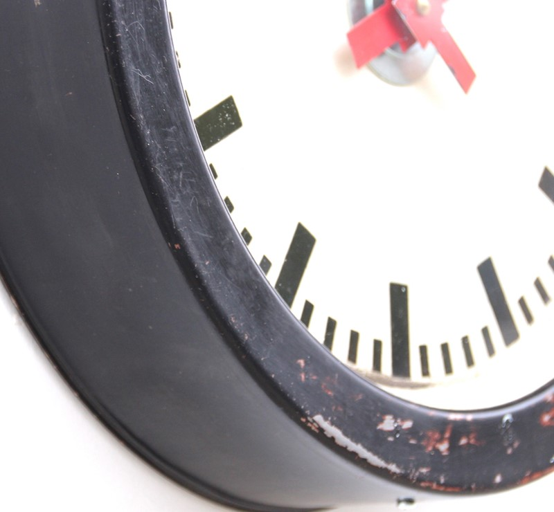 East German 1960s industrial vintage wall clock-london-timepiece-6267k-main-637412139302620982.JPG