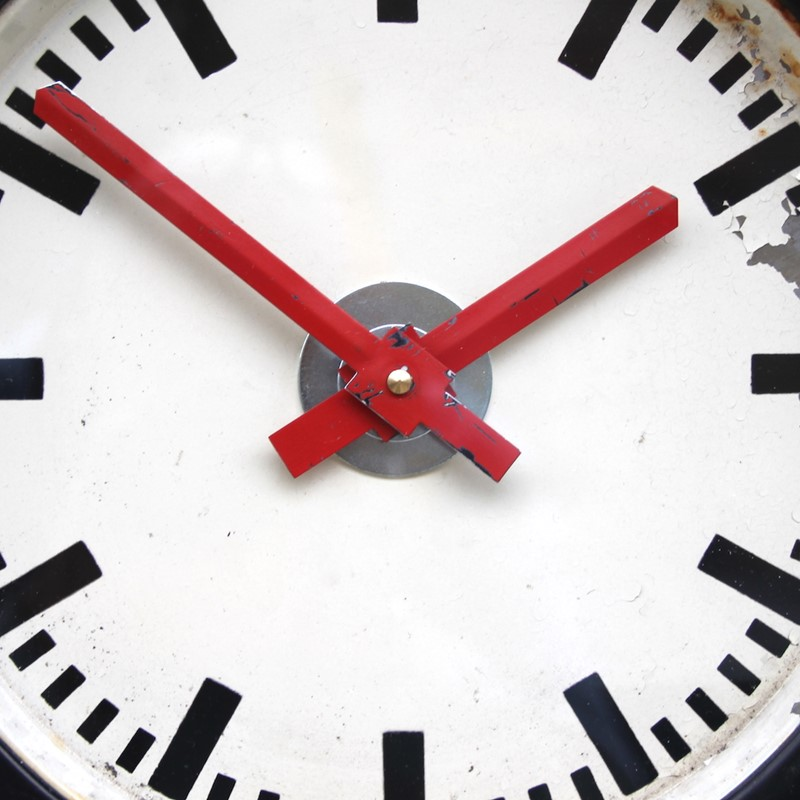 East German 1960s industrial vintage wall clock-london-timepiece-6267m-main-637412139305902067.JPG