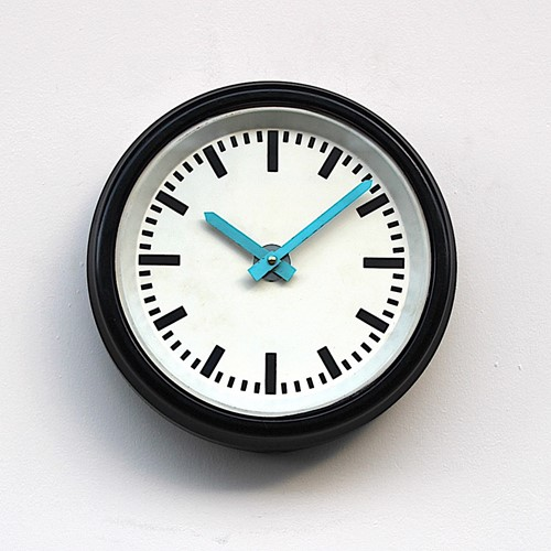 1960s smaller factory or office vintage wall clock