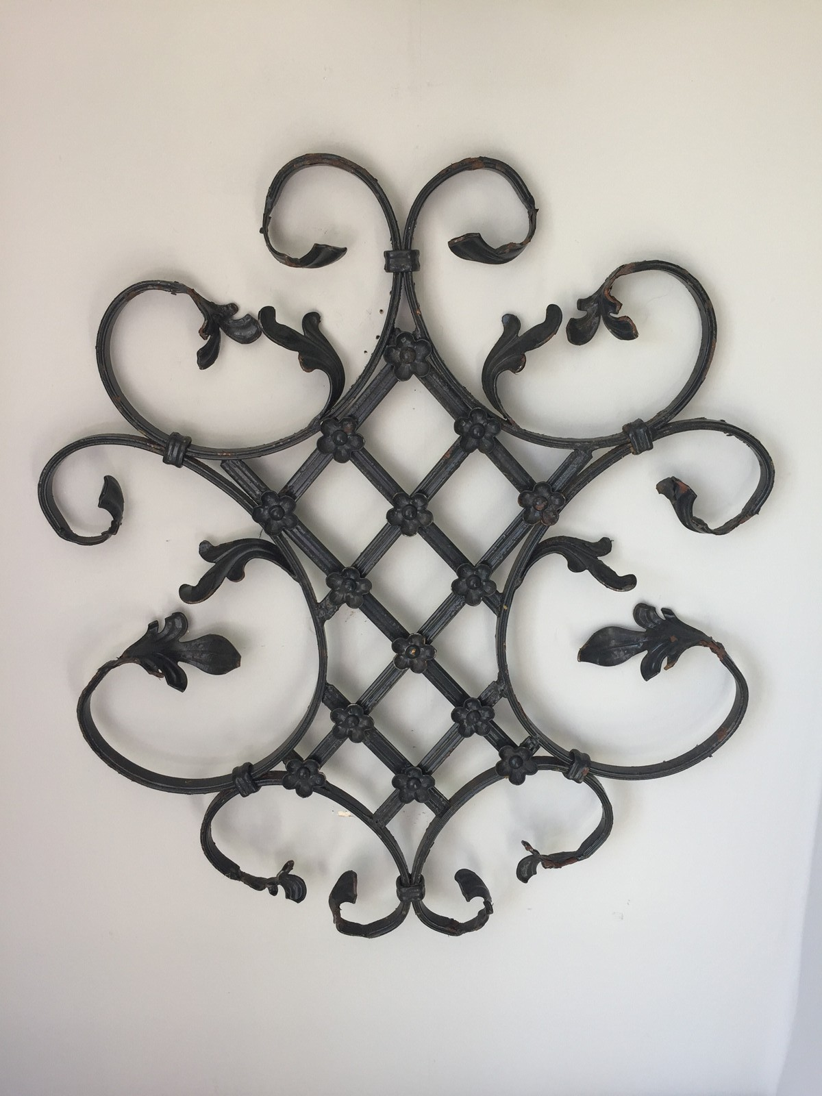 Zoom Wrought Iron Panel With Lattice And Flower Detail Loot Decorative 5F0D0D9C 8B7F