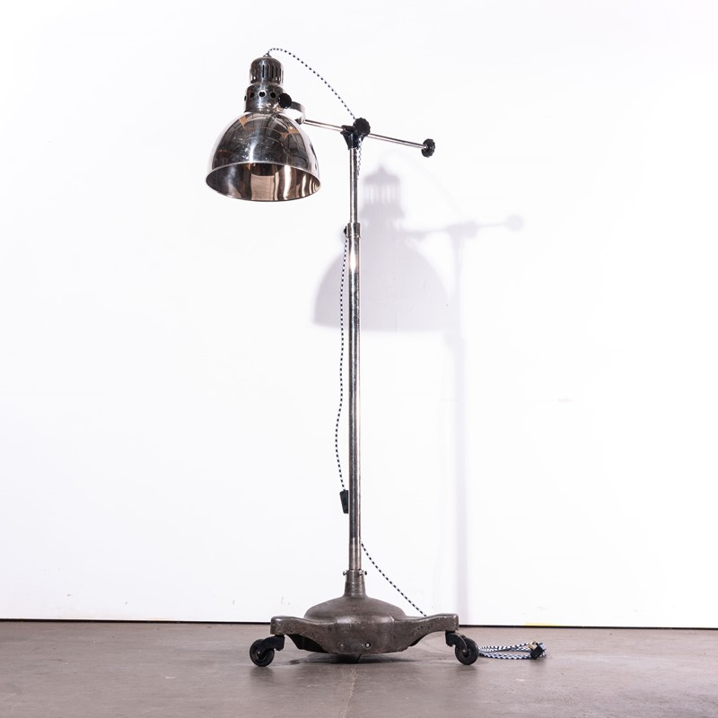 1950's Vintage Standing  Lamp On Wheels-merchant-found-280y-main-637050032760920181.jpg
