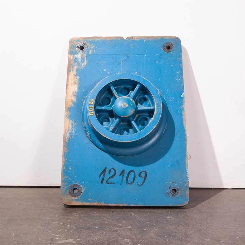 1960's  Large Industrial Casting Mould 90cm Tall-merchant-found-3214y-main-637079524104357916.jpg