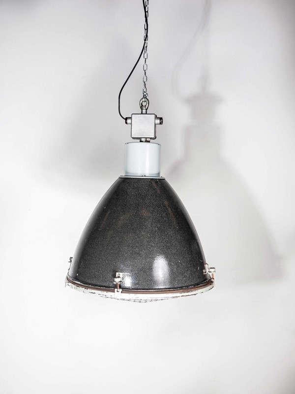 1950's Large Industrial Enamelled Pendant Lamps-merchant-found-322101-main-637118255508359037.jpg