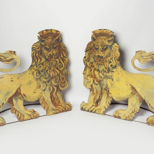 Rare pair of antique circus entrance lions