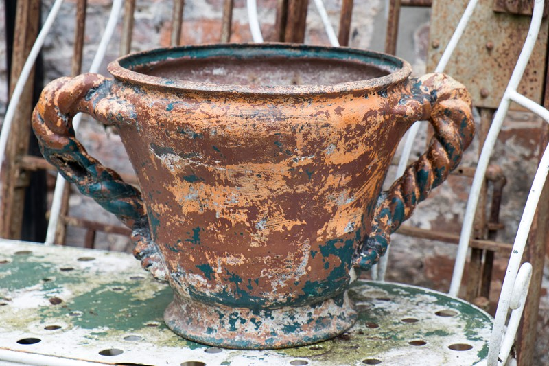 Heavy cast iron garden pot with twisted handles-no-24-arundel-dscf1032-main-637305009449437794.jpg