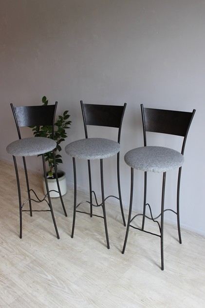 Set of three Bar stools by Rob Mulholland-norfolk-decorative-antiques-IMG_8420_main_636341784249076080.jpg