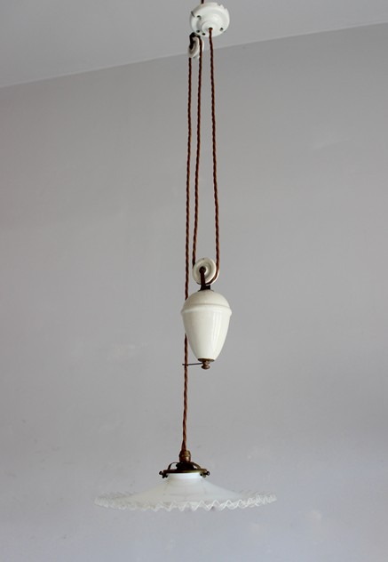 Ceramic 1920s rise and fall antique light-norfolk-decorative-antiques-IMG_8574_main_636349460141295843.jpg
