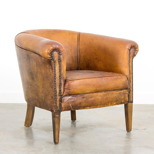 Vintage leather clubchair