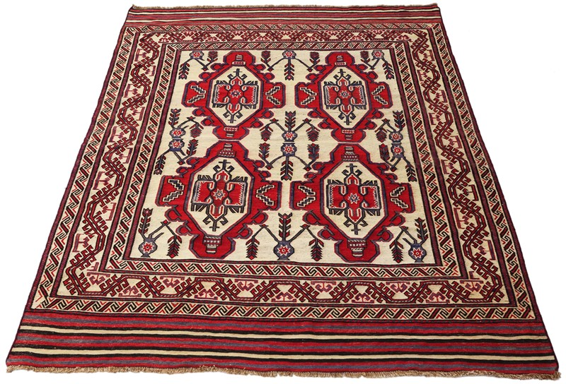 Persian Saghari hand woven wool rug cream red-prior-willis-antiques-4194-1-main-636800650611784002.jpg